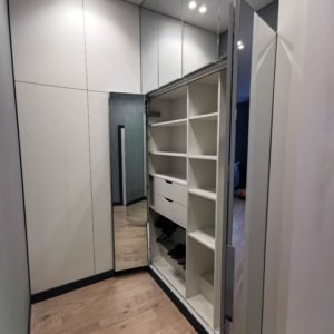 «Флоренс» гардеробная комната на Боровой